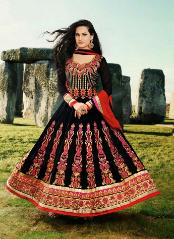 Magestic Black Georgette Heavy Embroidered Anarkali Suit