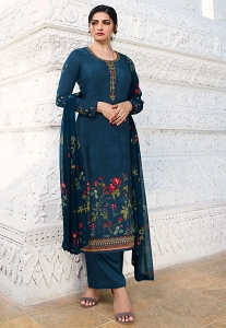 Prachi Desai Blue Crepe Printed Straight Suit - 12571